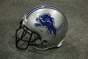 lions_new_logo_helmet