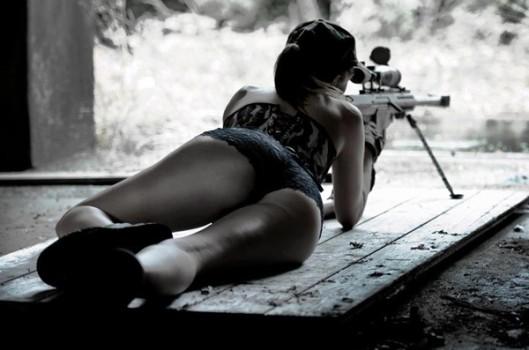 hot-semi-nude-girl-shooting-sniper-rifle-529x350